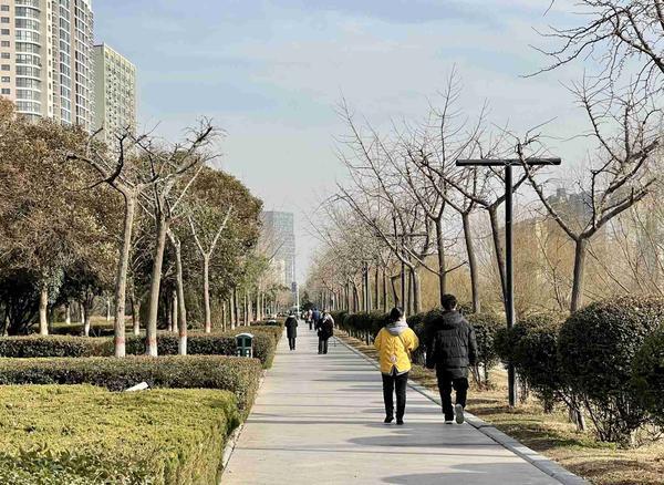 郑州聊吧-未来一周我省迎两轮升温过程 除夕当天可能迎20℃偏暖气温(1)