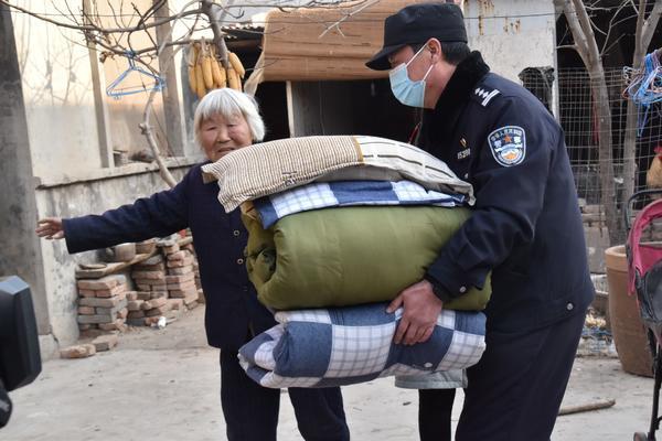 郑州聊吧-外地人就地过年留守家庭怎么办?看郑州铁警如何做(2)