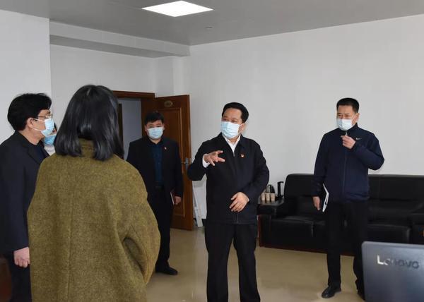 郑州聊吧-吉炳伟到人大建设杂志社调研(2)